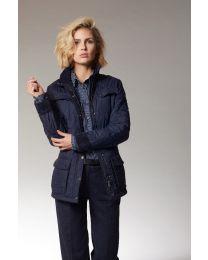 Modieuze gewatteerde jas voor dames.